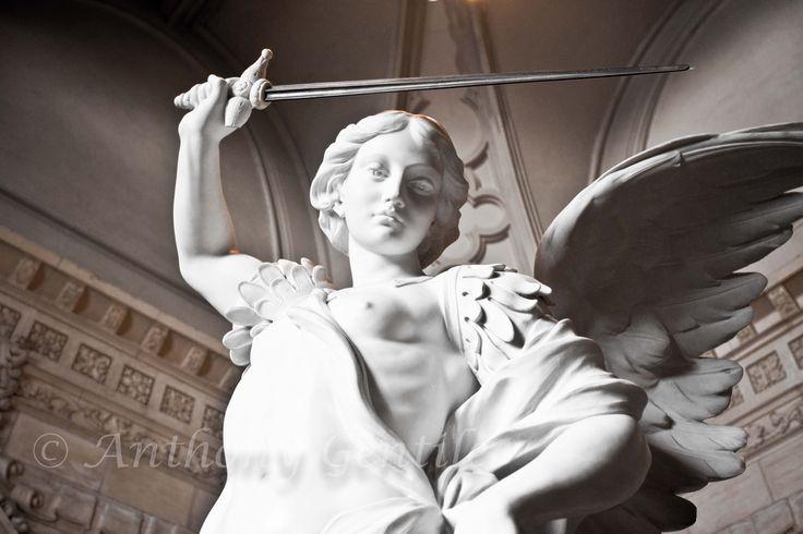 Arch Angle Michael #Statue #St. #saint #portrait #photo #anthonygentilephotography