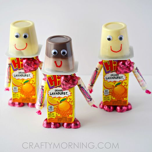 Make fun valentine's day robots using a juice box, candy, smarties, pudding and chocolate! Perfect snacks for kids to bring to their classroom parties.