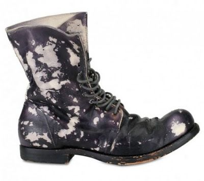 Simple Whishlisted paint staines black and white leather distressed used leather laced boots