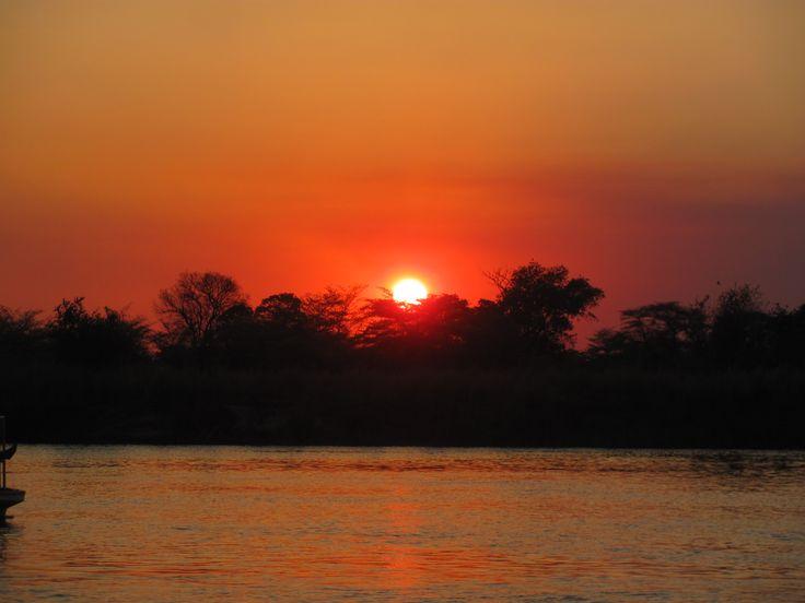 OKAVANGO RIVER, BOTSWANA