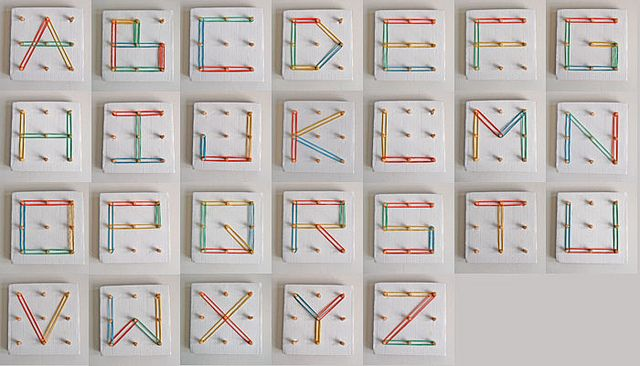 "homemade ""Geometrikus"" (learn the alphabet): Crafts Ideas, Activities For Kids, Rubber Bands, Peg Boards, Cardboard Toys, Diy Gifts, Crafts Activities, Letters, Abc Activities"
