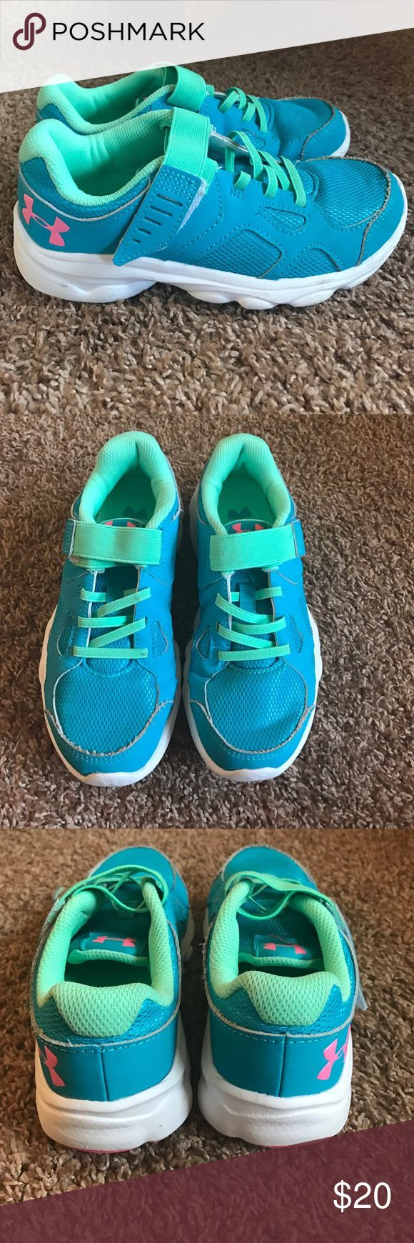 Under Armour Girls Tennis Shoes Very gently used Under Armour Shoes