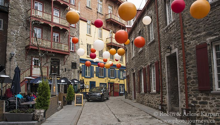 Narrow street in downtown Quebec City