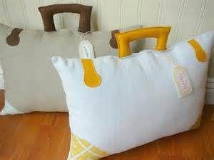World Traveler Nursery - Bing Images What adorable pillows!!!!