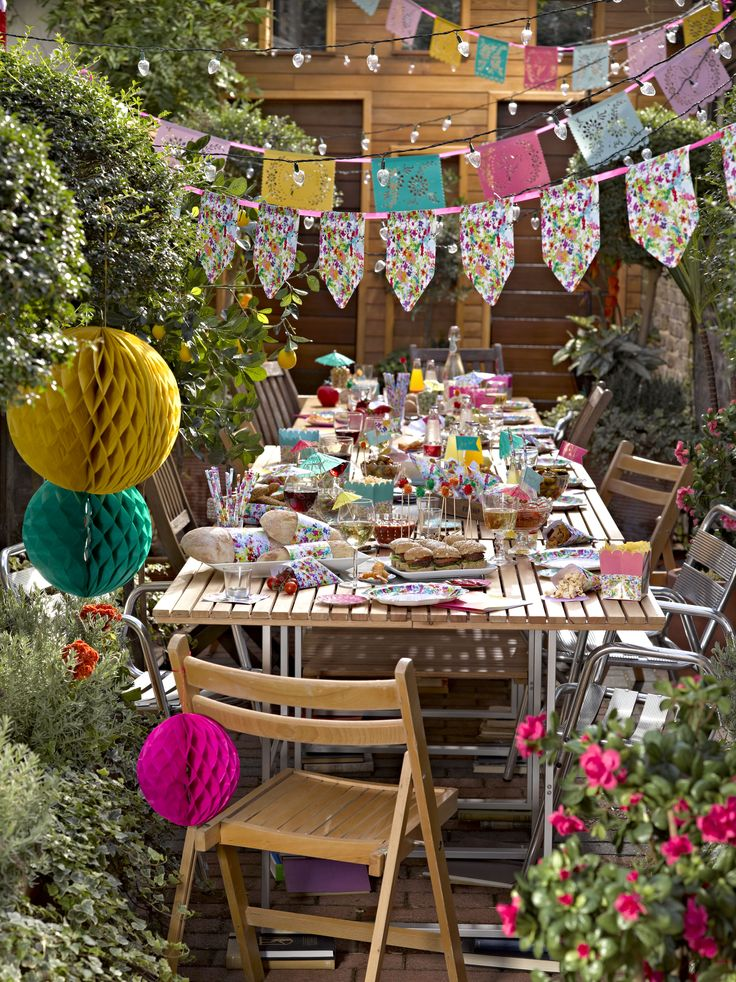 Floral fiesta garden party.  http://www.talkingtables.co.uk/categories/ranges/floral-fiesta