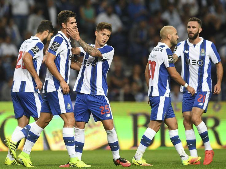 Porto vira sobre o Boavista com gol de Alex Telles e boa partida de Otávio #globoesporte