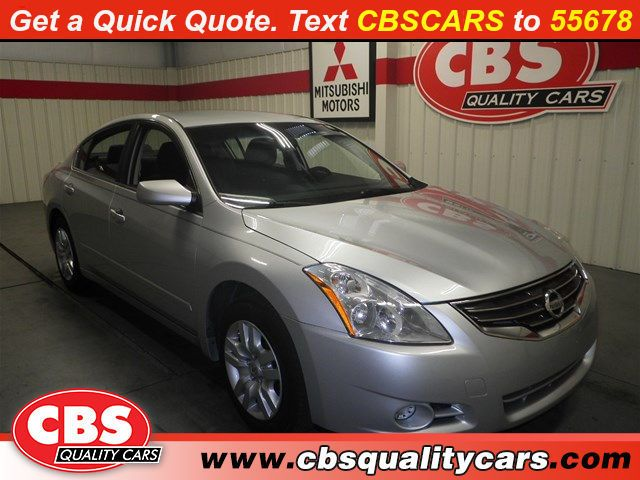 Used-2011-Nissan-Altima-2.5