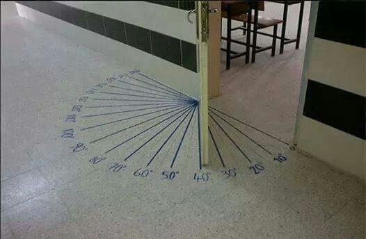 Overal leren, zelfs op de vloer.