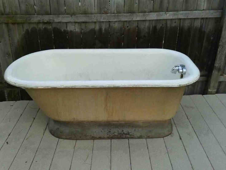 Best 25 old bathtub ideas on pinterest relaxing for Outdoor bathrooms for sale