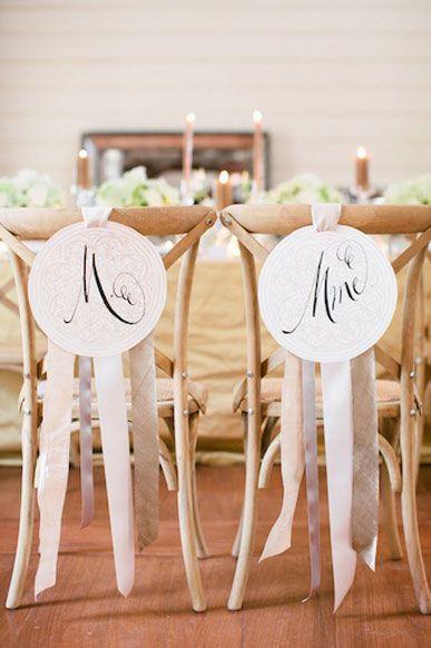 pour les chaises des mariés