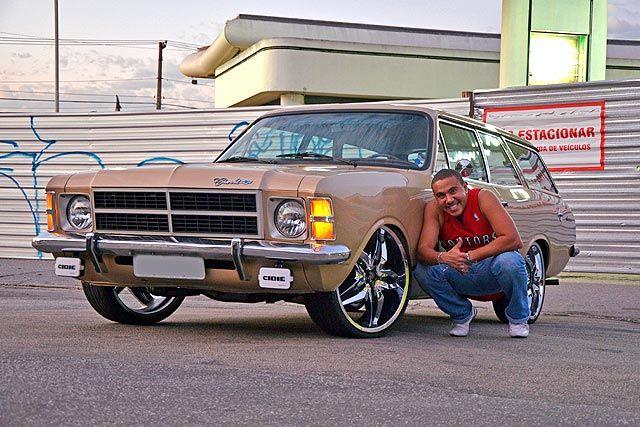 Entrevista: Cleber está ficando famoso no AutoCustom, este é o segundo de seus três carros que estamos publicando como parte de uma matéria especial. Confira as fotos!