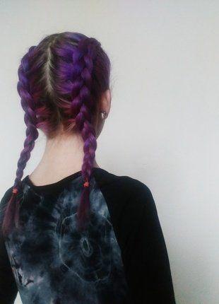Kupuj mé předměty na #vinted http://www.vinted.cz/kosmetika-a-prislusenstvi/pece-o-vlasy-kosmetika/15490942-barvy-na-vlasy-fialova-ruzova-cerna