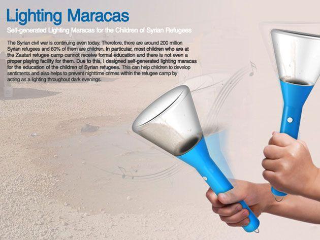 振って充電できる懐中電灯「Lighting Maracas」