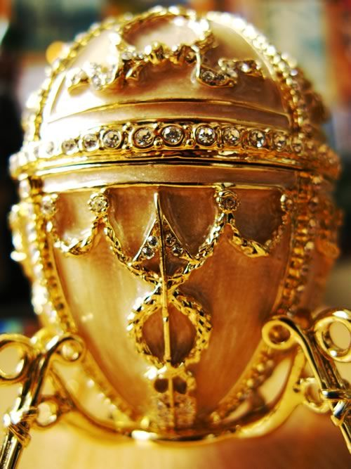 1885  First Faberge Easter egg crafted    Carl Faberge makes his first gold Imperial Easter Egg for Tsar Alexander III. Named The Hen Egg, it was commissioned as a gift from the Tsar to his wife, the Empress Maria Fedorovna, beginning a tradition that lasts until 1917.