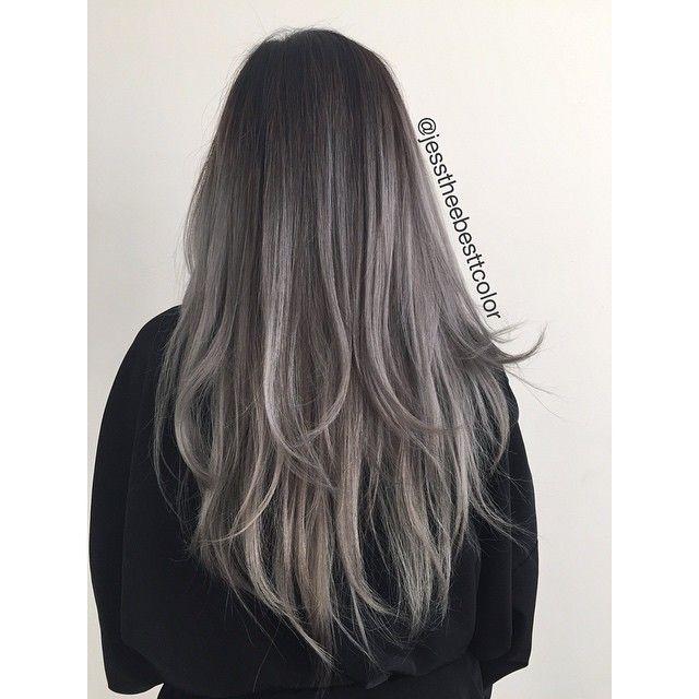 Black-grey ombre                                                                                                                                                      Mais