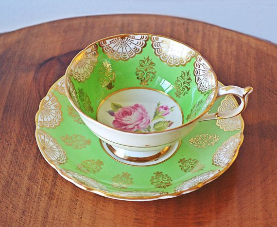Paragon Teacup And Saucer A3976/1 Green And Gold Pink Rose