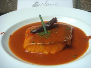Bacalao Vizcaína de Puntuan Katering asociado a www.apanymantel-catering.com para comida Gourmet y con entrega a domicilio en Bilbao.