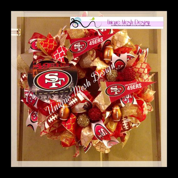 MADE TO ORDER! Please allow 7-10 days for custom made to orders. Show your favorite team spirit with 49ers wreath on your door this football
