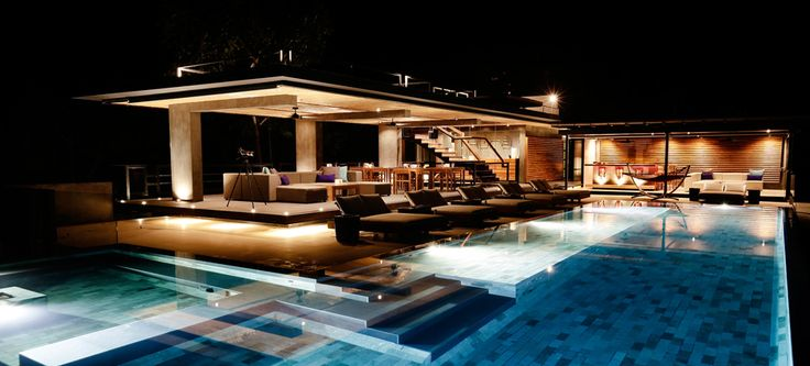Luxury boutique hotels in costa rica osa peninsula uvita for Pool design with bar
