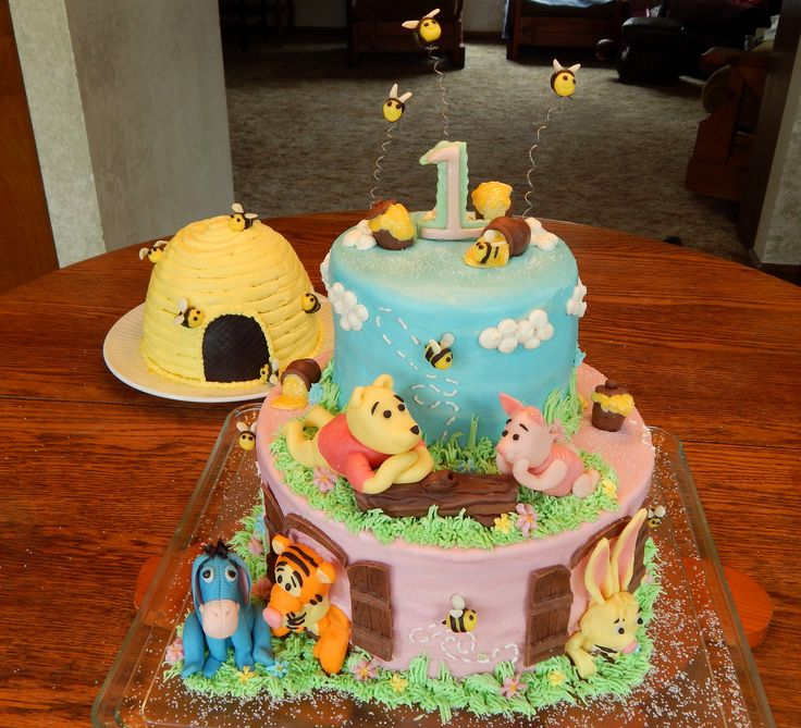 Pin By Angela S Cakes On My Cakes Winnie The Pooh Cake
