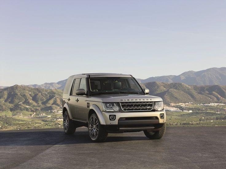 Land Rover traz ao Brasil edição especial Discovery Graphite   A Land Rover traz ao Brasil a edição limitada Discovery Graphite, construída sobre a versão SE do modelo. Apenas 56 unidades do modelo estão disponíveis para o mercado brasileiro com preço de R$ 363.784.   São equipadas com motor 3.0 SDV6 diesel de […]