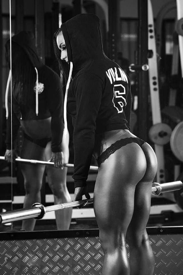 Training,,, in panties,, what country u train in???????