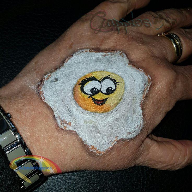 Gebbaken Gappie ei #gappie #gappies #schminkkoppies #facepaint #handpaint #Amsterdam