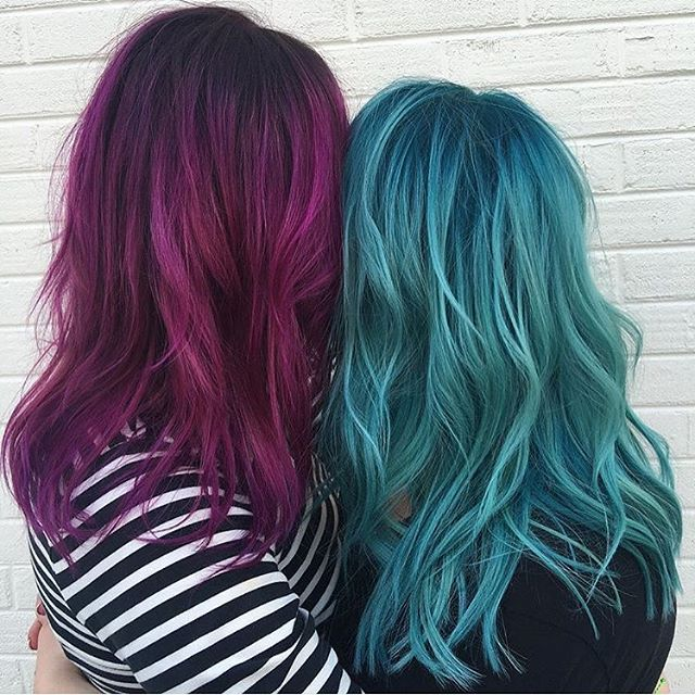 Left: Cupid, Jam, Velvet, Noir. Right: Aquatic, Sea Glass, Smoke, and Noir.  @colorbykendalljordan and @bsox from @geohairlab are the artists... Pulp Riot is the paint.