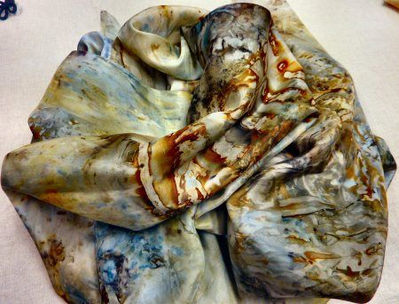 eco dyed silk scarves - really good site for info on natural dyes