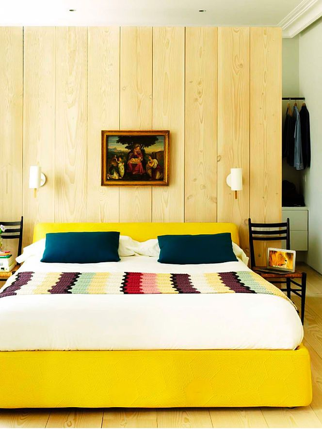 a yellow bed? yes please #decor #quartos #bedrooms