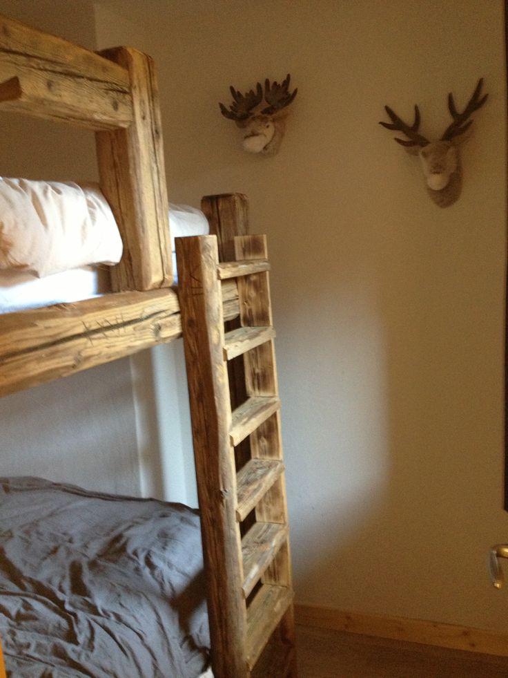 lit superpos sur mesure en vieux bois en 140 id al pour d coration chalet plan sur demande. Black Bedroom Furniture Sets. Home Design Ideas