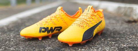 #sportlyne #magazzinoRobbiati #pumacalcio #pumafootball #calciomania #scarpecalcio #nuoviarrivi #evoPower #nuovacollezione
