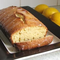 Recipe photo: Polly Welby's famous lemon drizzle cake