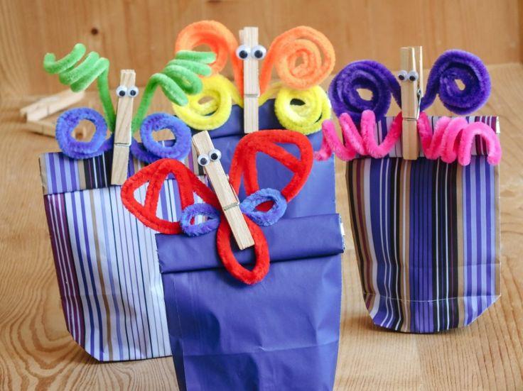 Máme nápad na bláznivé kolíčky, kterými sepnete svačinu na rodinný výlet nebo vám budou držet vzkazy na lednici.