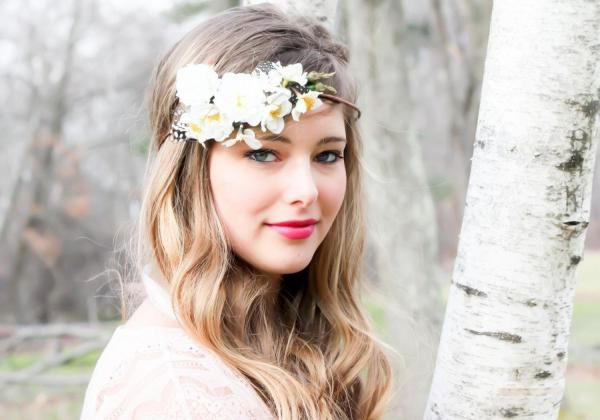 Hair Accessories to Wear for a Morning Wedding  #wedding #headpiece #bride #flowers #crown #beauty #hair