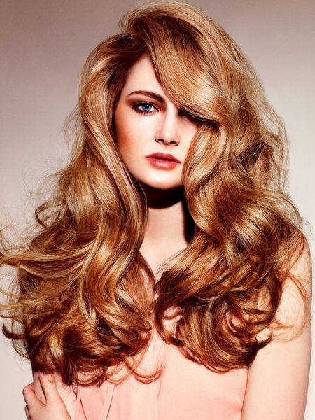Messy-chic Voluminous Curls