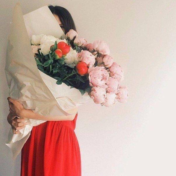 Женщина — это отражение мужчины. Если любить её до безумства, она станет той, о которой мужчина мечтает.