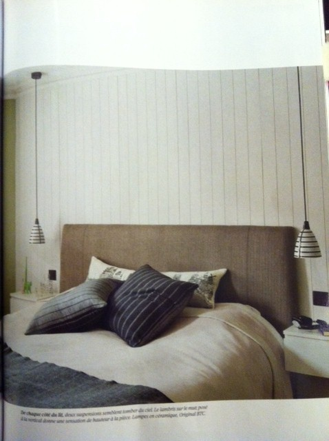 Spotter in the French magazin Journal de la Maison the Circle Line pendant as bedside lights - how pretty!