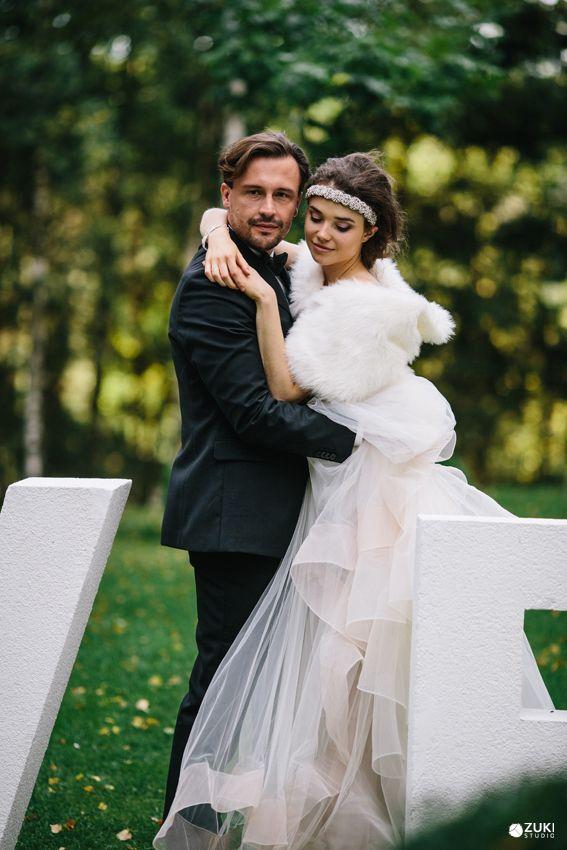 Provance Love <3   Dress by ZAHAVIT TSHUBA #zahavittshuba  #megisobieskamua #fabricadepasjone #summer #wedding