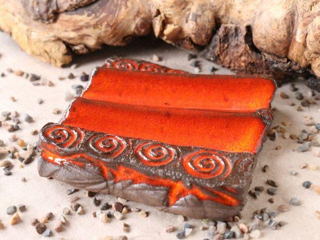 Besonders kaltgerührte Seifen brauchen ein Plätzchen, an dem sie luftig liegen und gut trocknen können.
