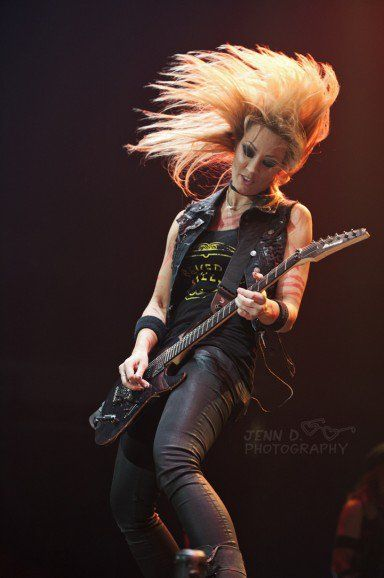 Nita Strauss, guitar player for Alice Cooper & the Iron Maidens. Photo: Jenn D Photography