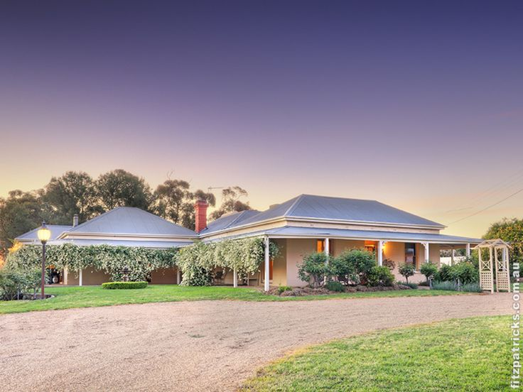 "A tranquil rural retreat! @ ""Gillamagong"" 371 Wattle Hills Road, The Rock  #fitzre #fitzgallery #WaggaWagga"