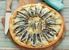 Pizza bianca con alici ricetta