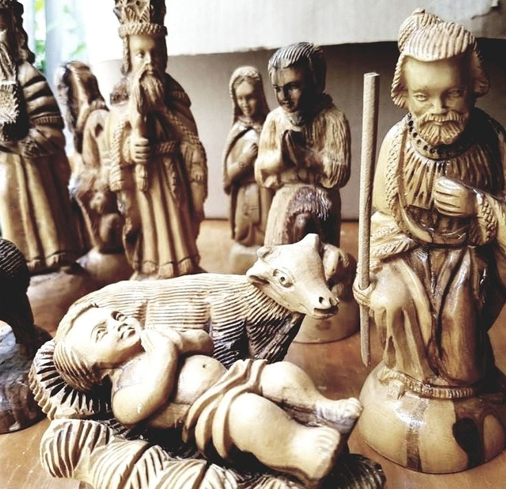Simply stunning hand carved Christmas Navity set. Bid online today! https://auction.blackpearlemporium.ca/m/#/auction/26/item/handcarved-wooden-nativity-set-13pcs-463 #collingwood #auctions #furniture #giftideas #wood #festiveseason #christmas #wood #vintage