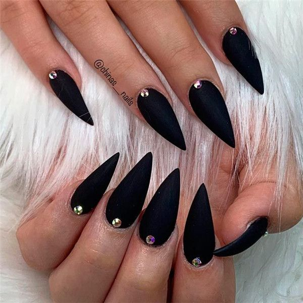 40 Stiletto Nail Designs To Stand Out Page 39 Of 40 You And Big Day In 2020 Matte Black Nails Stiletto Nails Designs Stiletto Nail Art