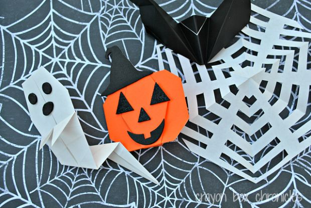 Origami Halloween Puppets
