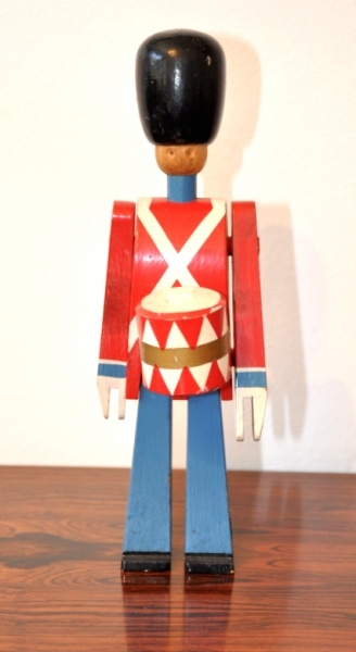 Toy Soldiers For Boys : Best images about boy toys on pinterest toy soldiers
