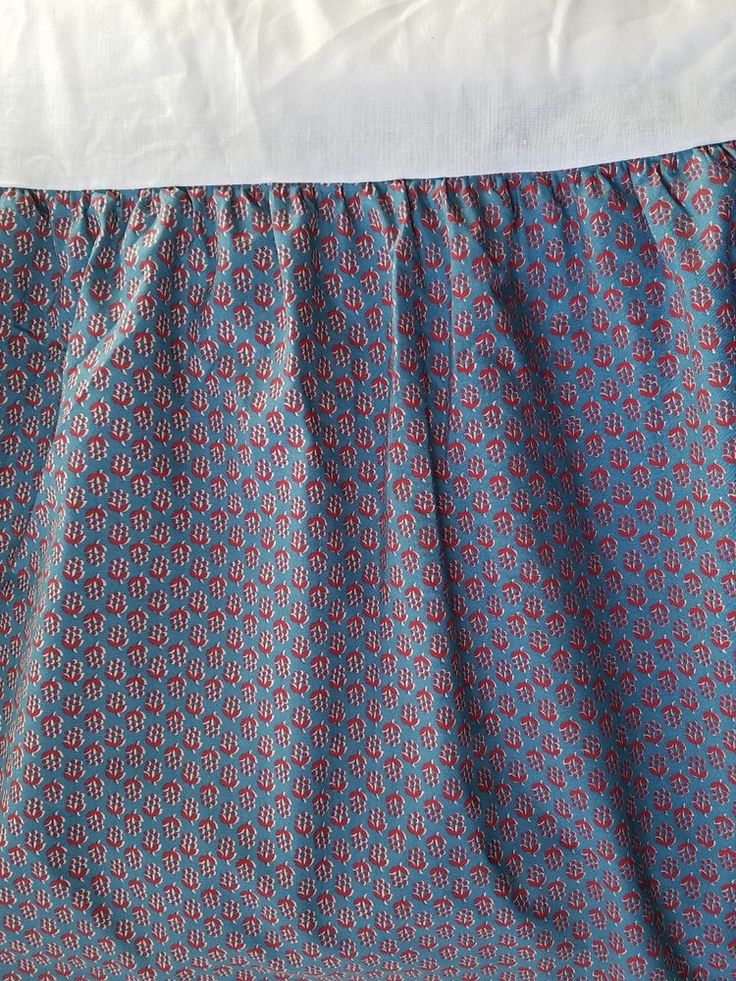 Chaps Morocco Bed Skirt Queen Ralph Lauren Dust Ruffle Tiny Red Floral Blue  #CHAPS #FrenchCountry