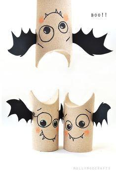 DIY Hanging Bats | DIY Halloween Craft Ideas for...