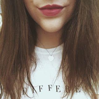 Endless Vogue by elena: ¿El poder del maquillaje?